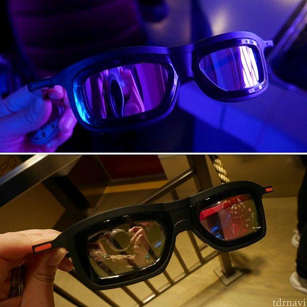 上がスターツアーズ、下がアイアンマンのメガネ。アイアンマンは耳にかける部分が赤、色違いですね。