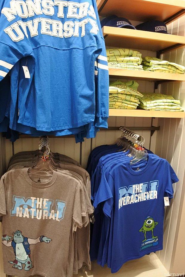モンスターズインクはTシャツなど種類が多数ありました。