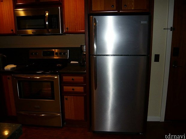 大型冷蔵庫有りです。