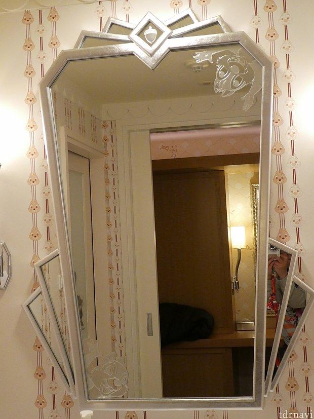 洗面所の鏡!
