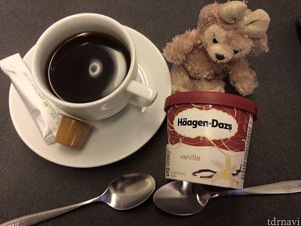 ハーゲンダッツのアイスクリームは、帰りは何故かビッグサイズなんですよね〜