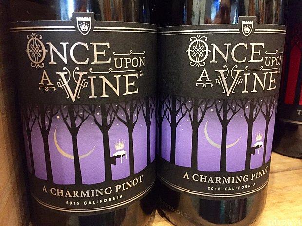 One Upon A Vineシリーズはお値段$14。ラベルが可愛らしいのに、お手頃な値段です。パーティーに持っていったらちょっと話題になりそうです。
