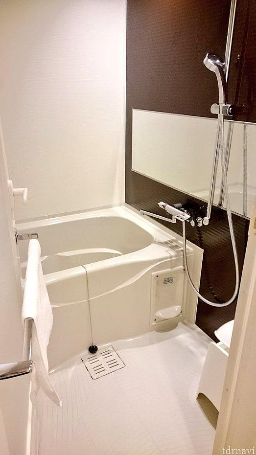 ちょっと長さが足りない浴槽