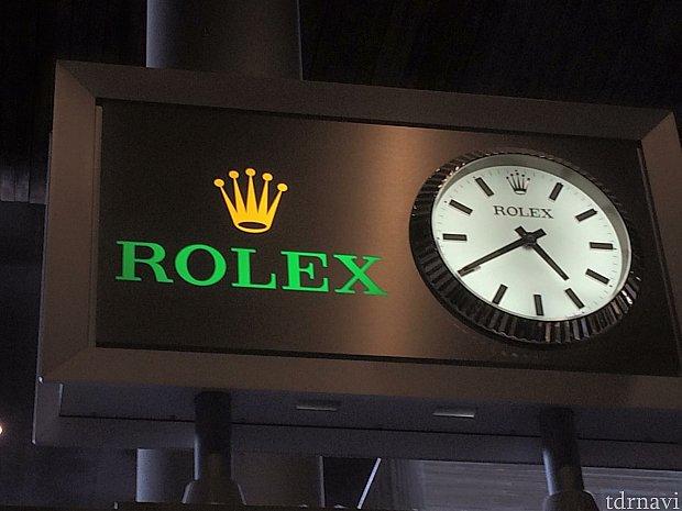 シャルルドゴール空港到着時間です!