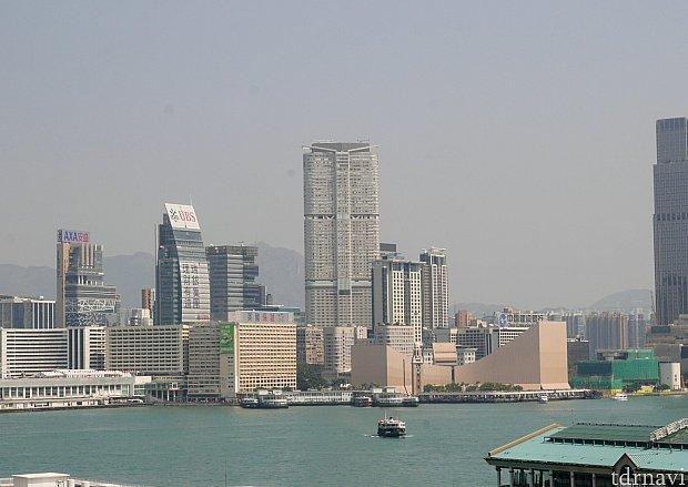 ハイアットの建物は下はショッピングセンター、10階より上がホテルになってます。今回のお部屋は23階でした✨他のビルより高いので景色が◎