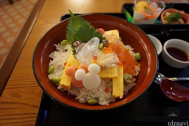 祭りちらし寿司 おみこしっぽくみえますね😄