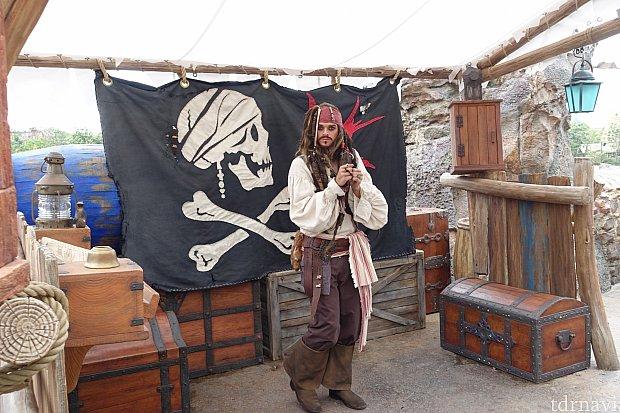 海賊エリアではジャックスパロウのグリーティングも。