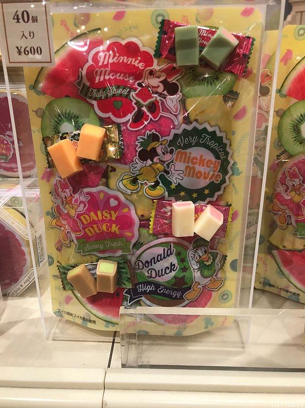 お菓子600円