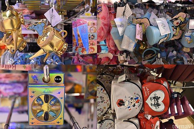 左上 ジーニーのランプ型ポーチ 8€ 左下 ネイルチップ4.5€ 右上 アリスのポーチ7€ 右下 ポーチ 6€ パリ柄も