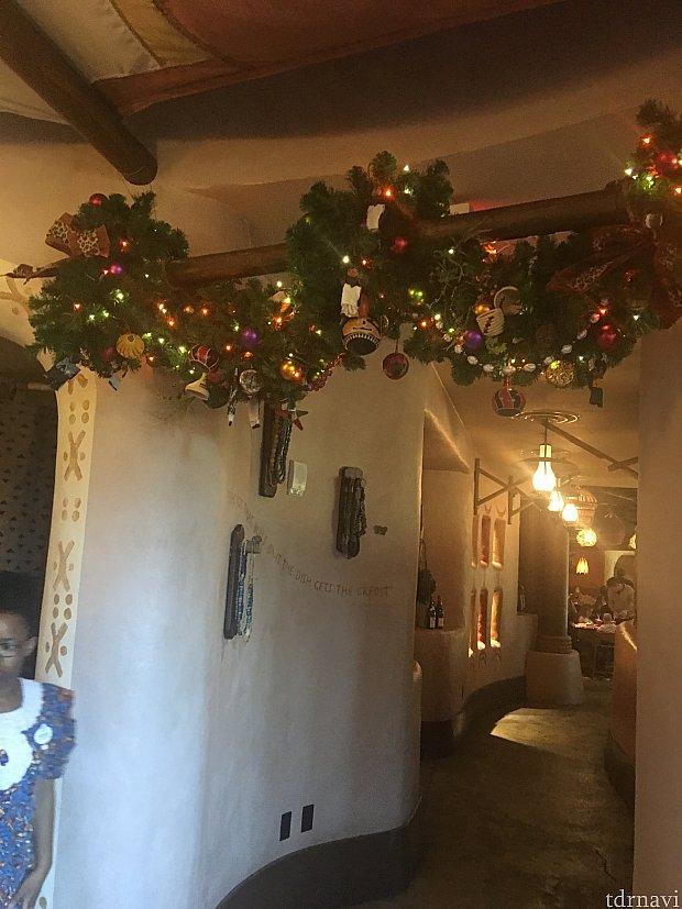 クリスマスの飾り付けがされてました♪