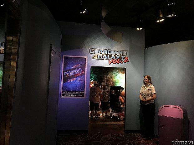 ワンマンズドリームの奥、ウォルトの映像が見れるシアターの隣で実施されていました。