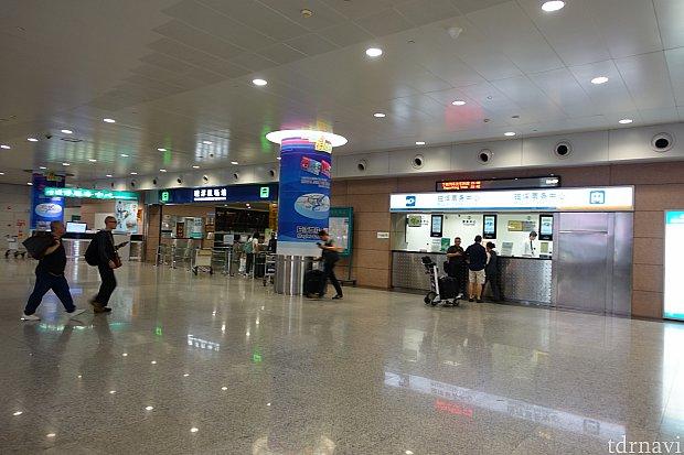 ここが上海リニアの改札とチケット売り場