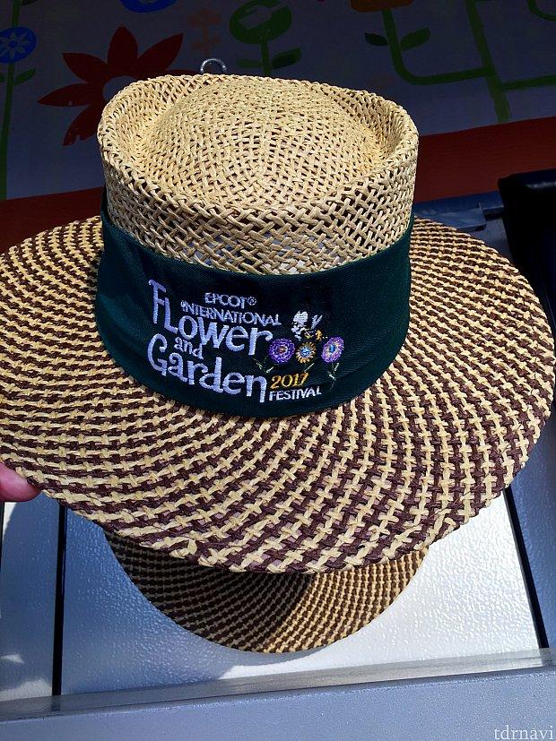 麦わら帽子もあります。ガーデニングって言う感じですね。笑