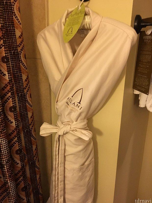 このバスローブほんとふわふわで気持ちいいです!売ってるので持ち帰れます。