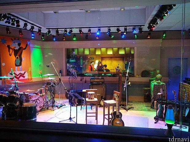 スタジオです。