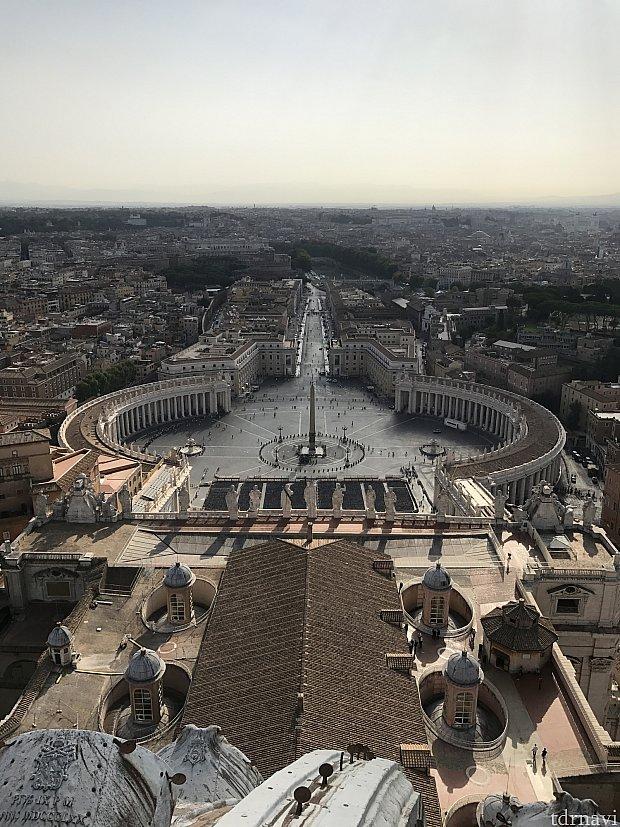 お目当のクーポラの上からの景色。ローマを一望できます!