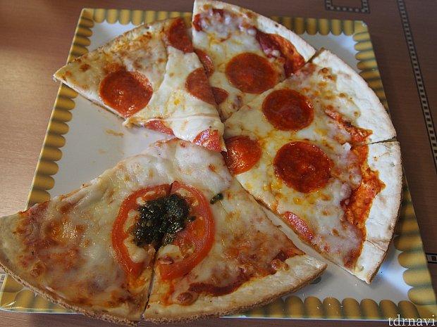 お世話になったピザ。ペパロニの味が恋しい