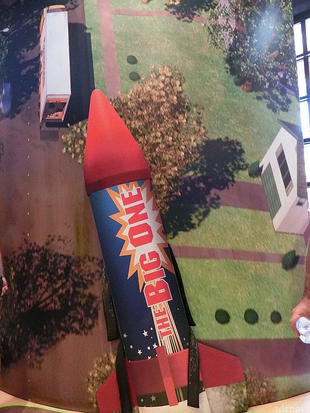 ロケットを巻きつけられたシーン、マジックテープをする勇気がなく写真だけ!