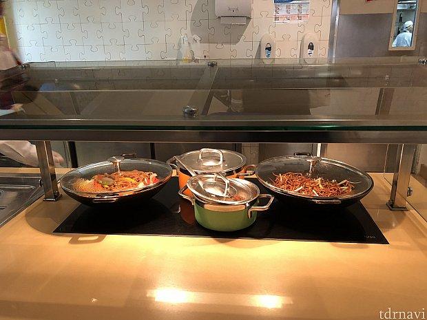麺類のカウンター