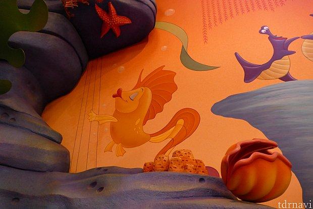 壁一面に映画にも登場した仲間がたくさん描かれてます!マニアにはたまらない!