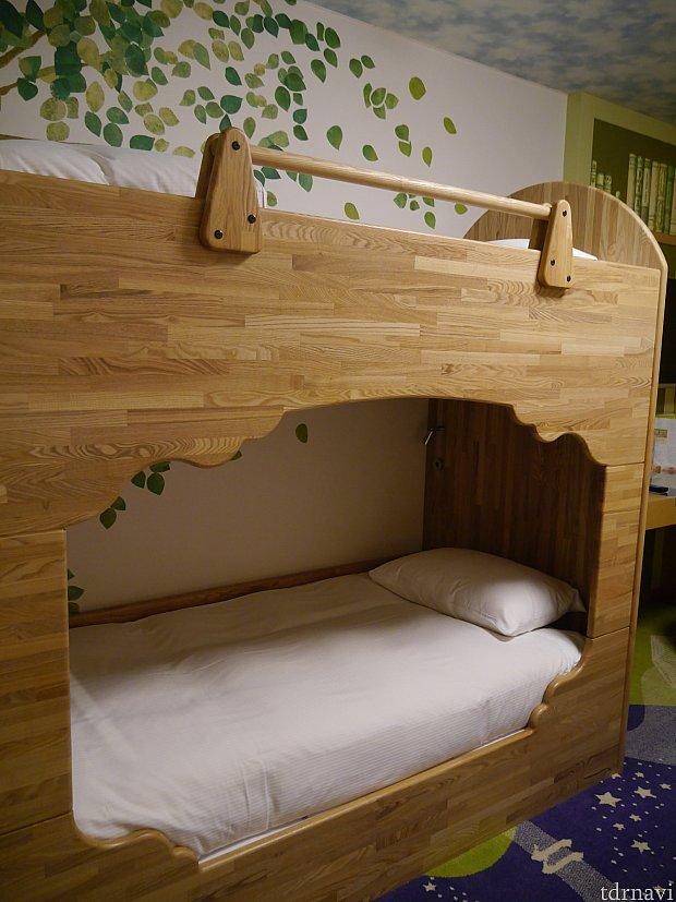 2段ベッドです。