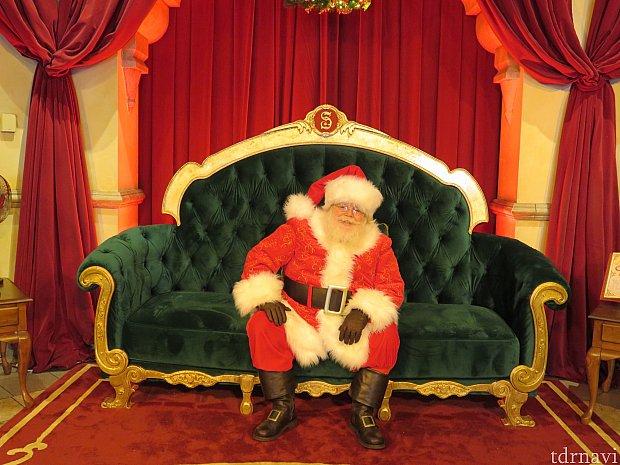 サンタクロース。優しいおじいちゃんでした。