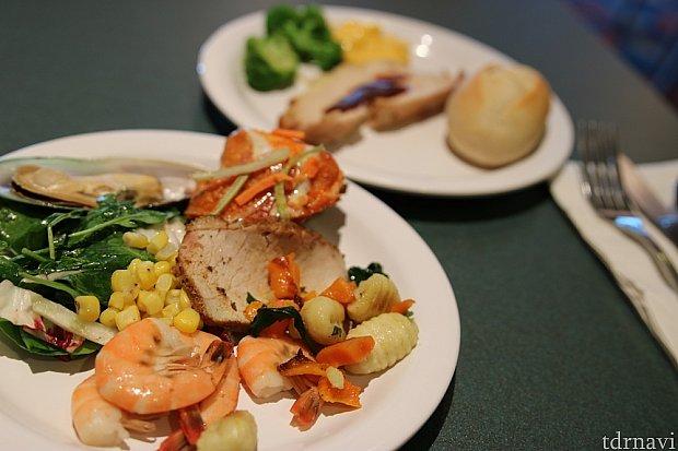 ローストポークも美味しかったです。ベジタリアン用の大皿メニューもありました。