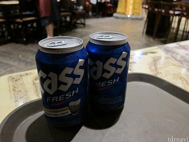ビールも1buy, 1freeでした。