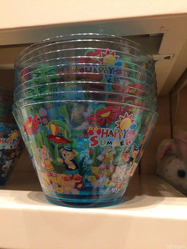 ハッピーサマープラスチックボウル。48香港ドル。電子レンジ、食洗機不可。