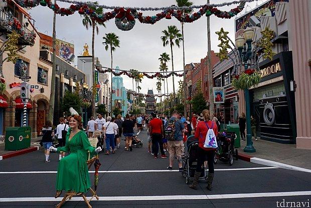 11月上旬。でもパークは既にクリスマス一色。イヤでも気分が盛り上がってきます。