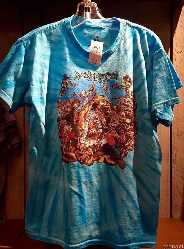 きれいなブルーのTシャツは子供用です。大人用がないのが残念。価格は$24.95。