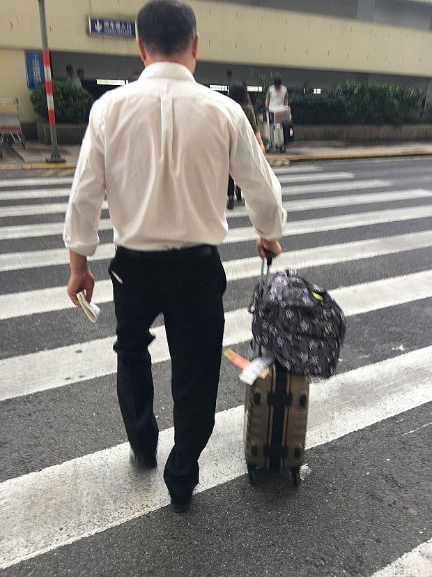 荷物を駐車場まで持ってくれます!行きです!