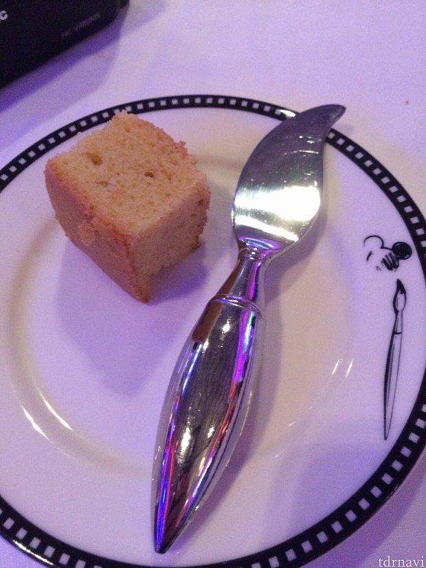 このバターナイフが可愛い!ショップで売っています。😁
