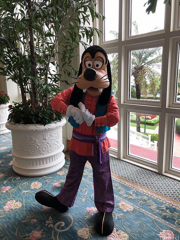 ホテルアクティビティで楽しむのもアリですね! こちらは太極拳です。