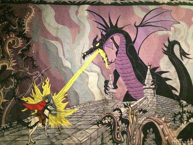 おとぎ話の最後に登場するドラゴン!