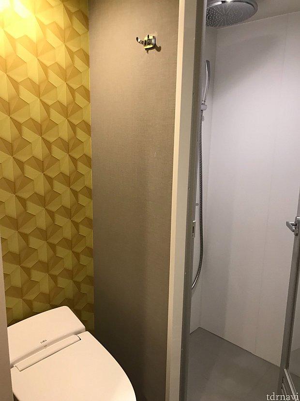 シャワーのみの部屋でした。