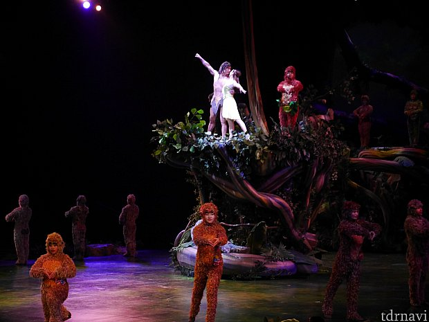 もう本当に素晴らしすぎるショーでした!上海に行ったら絶対見てほしいです☆