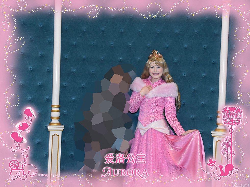 【プリンセスグリーティング】とてもキュートなオーロラ姫。フォトパスが無料です!!