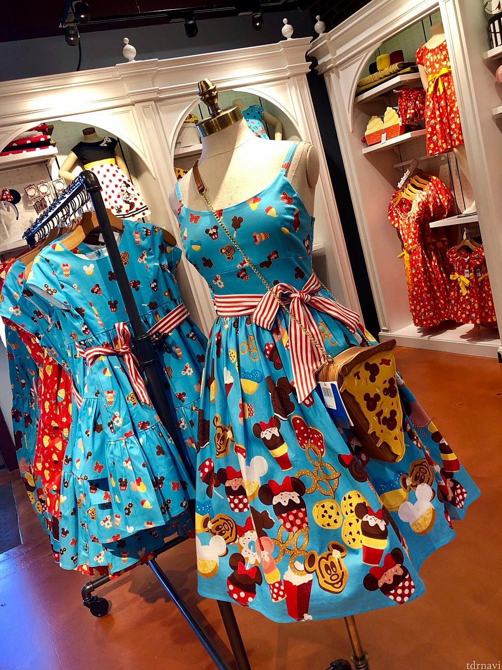 先ずはこのディズニーパークスイーツをモチーフにしたドレス。色合いもポップで良いですね!