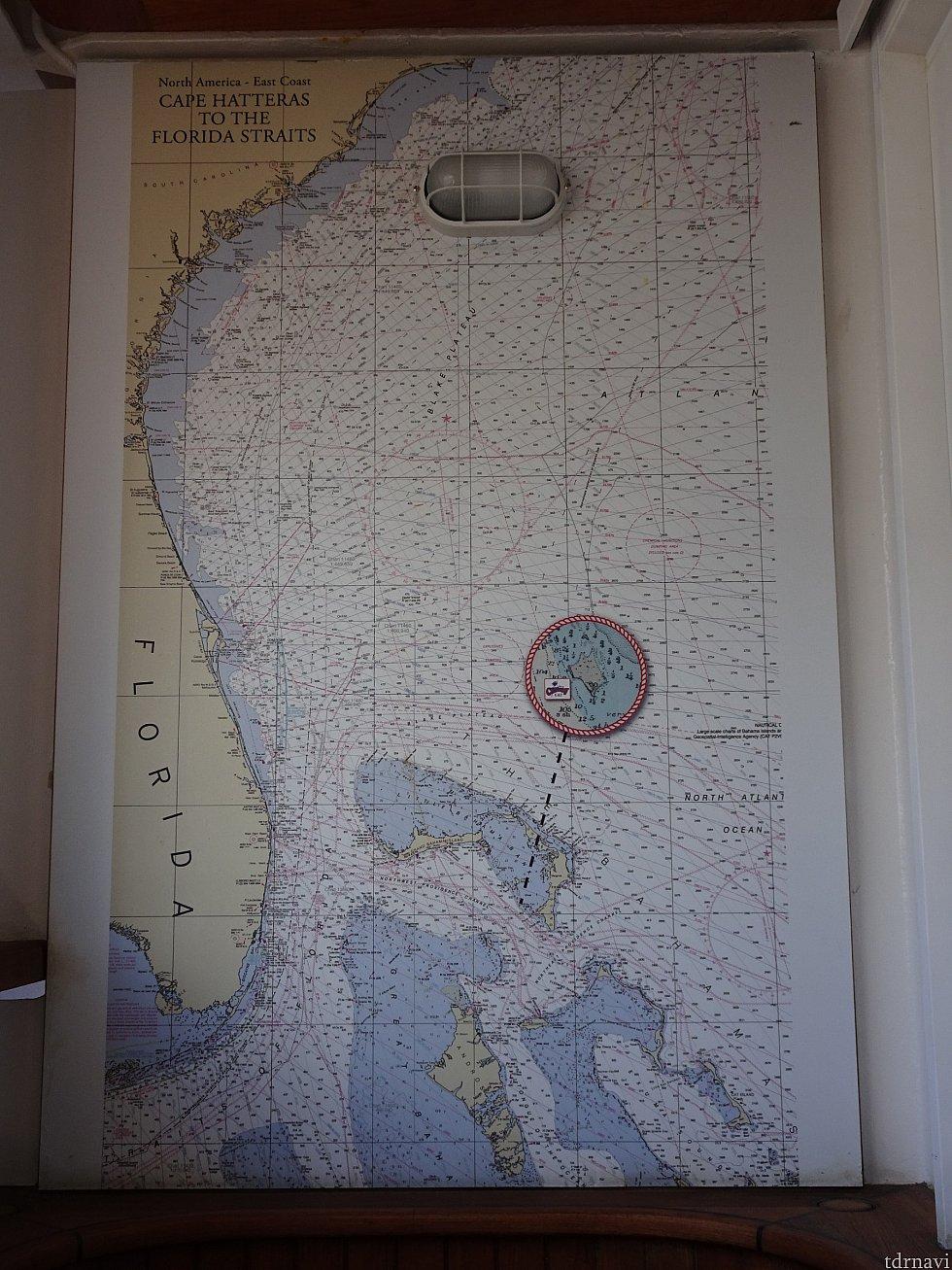 ベランダ右側にある地図です。 フロリダ近辺みたいですね!