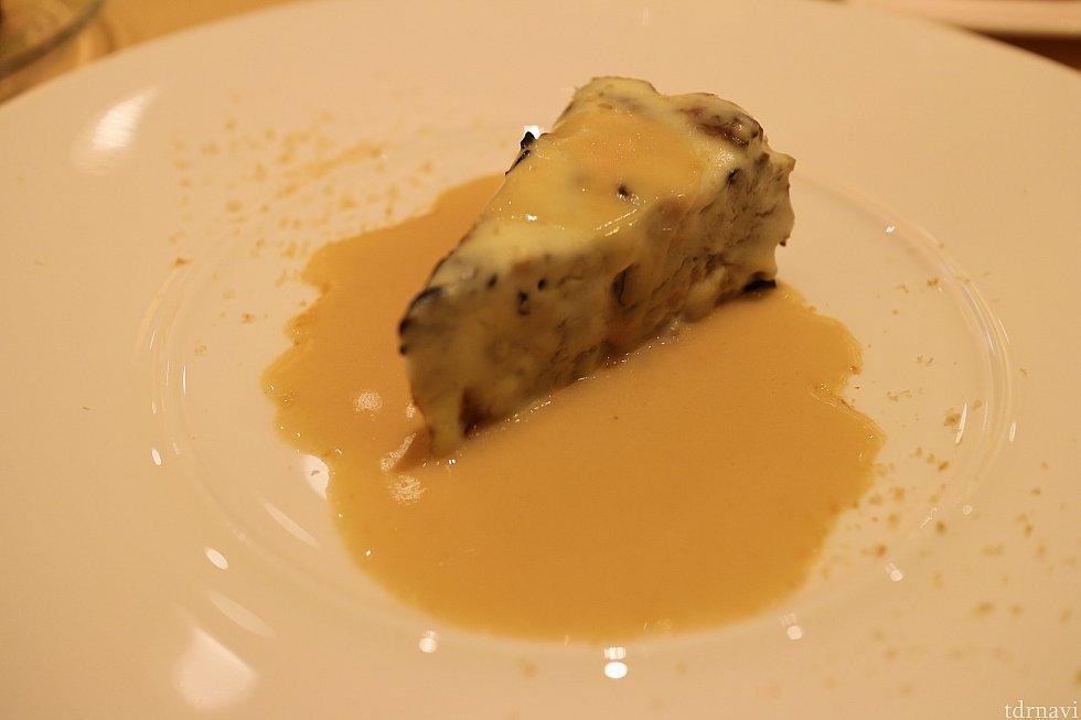 水郷赤鶏とキノコのフリカッセ ローズマリー風味