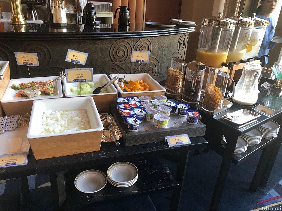 朝食会場 ハイピリオンラウンジ