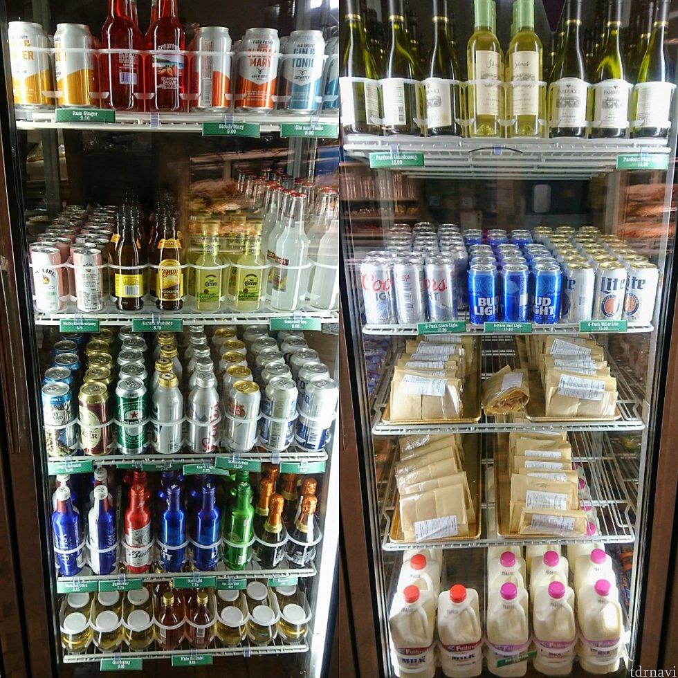 【左】ビール、リキュール、アルコール飲料 【右】ワイン、ビール、サンドイッチ、牛乳
