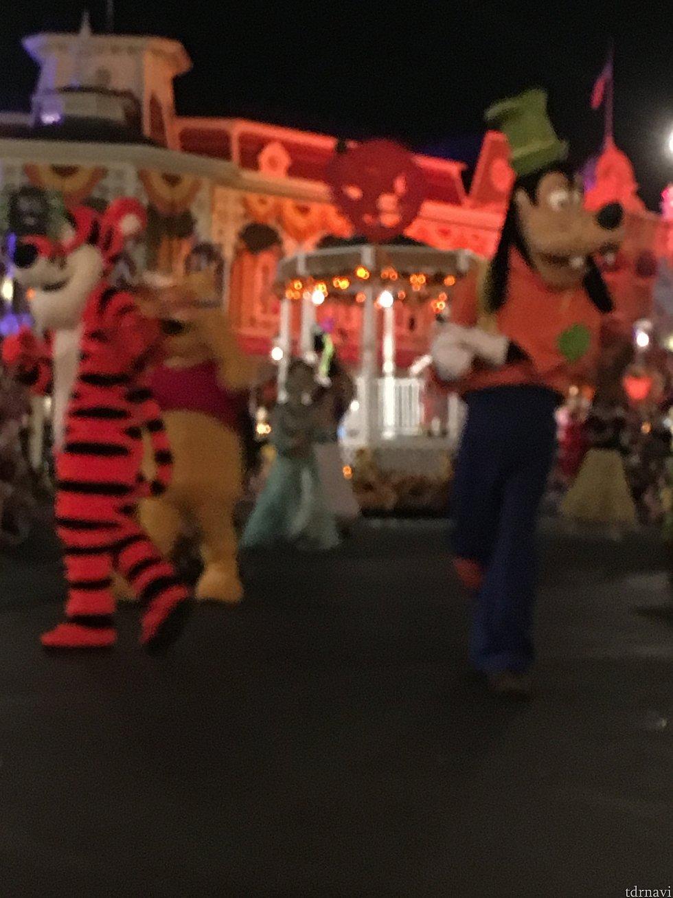 パレードの一部。