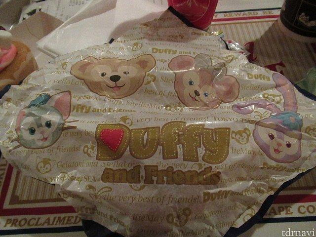 バーガーの包み紙もとても可愛い😍