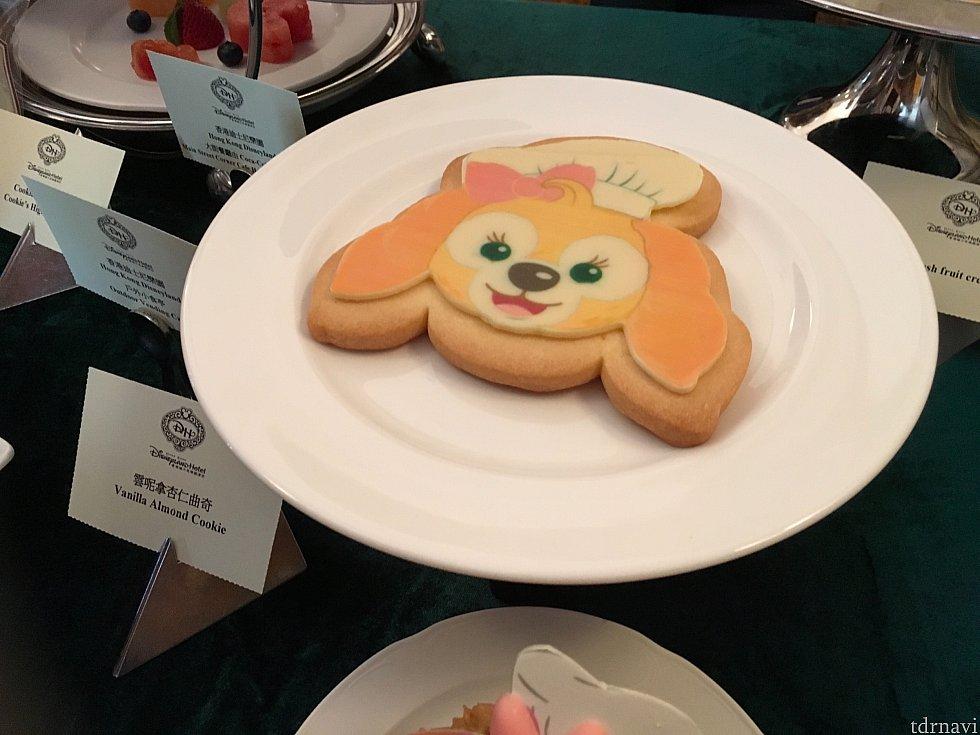 パーク内で販売されるクッキーのクッキー。共食い感が…!