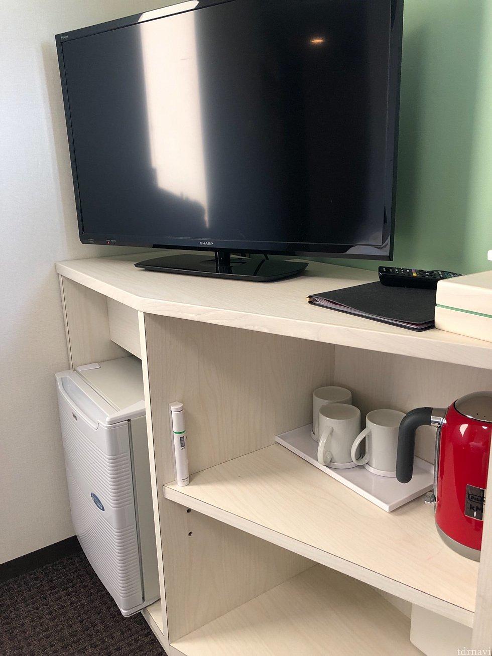 カップ3 冷蔵庫 湯沸しポット テレビ