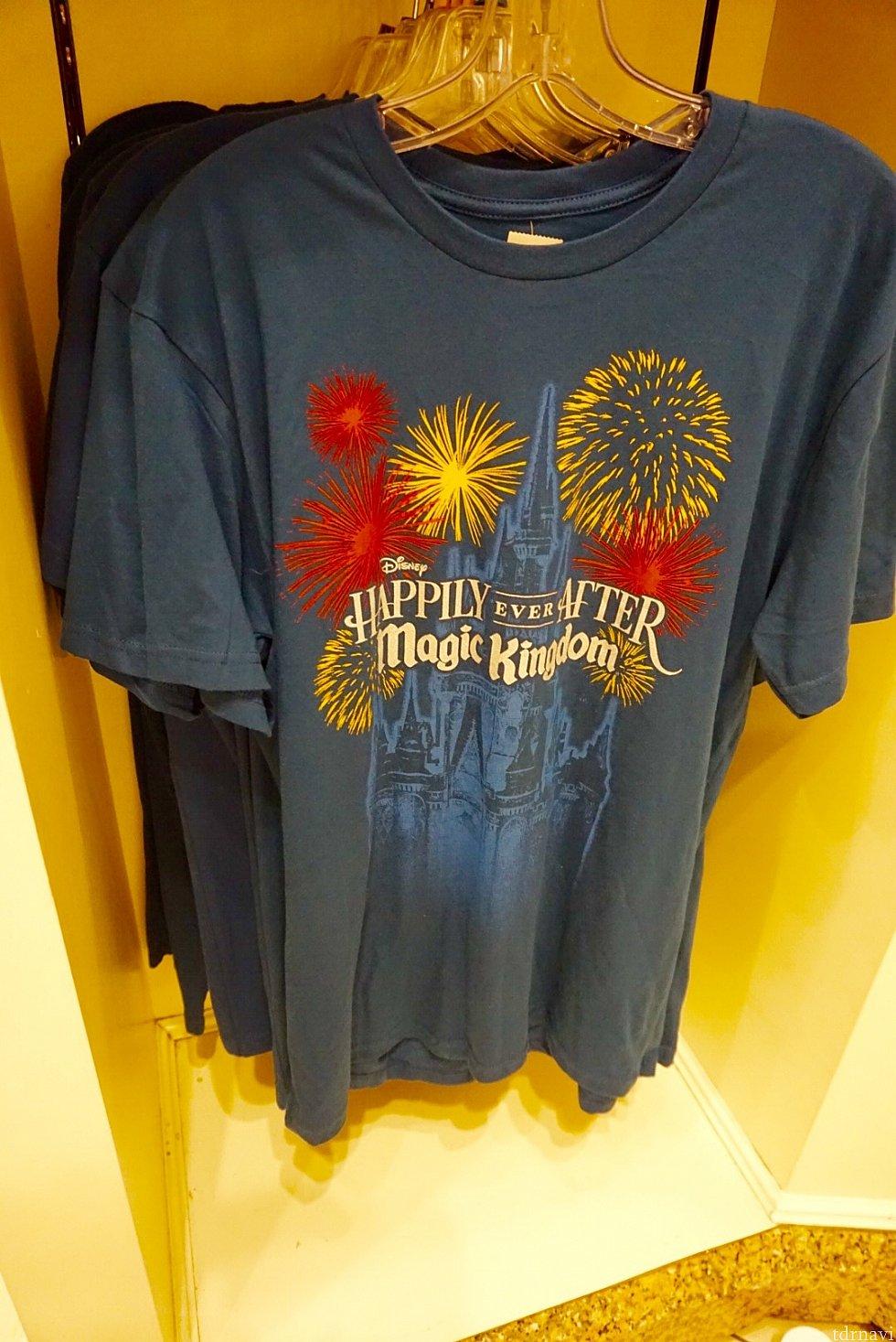 男女兼用っぽいTシャツ。$27.99