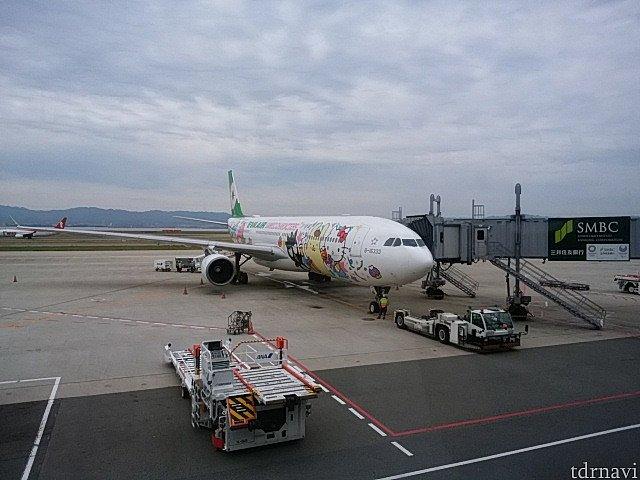 関空→台湾行きでサンリオジェットに乗りました。