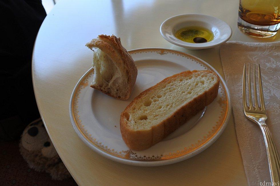 パンはお代わり自由